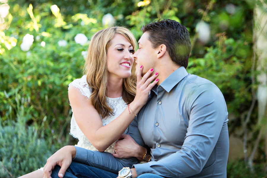 engaged couple in Laguna